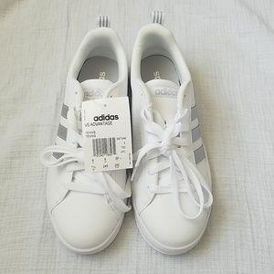 Adidas   VS Advantage tennis shoes